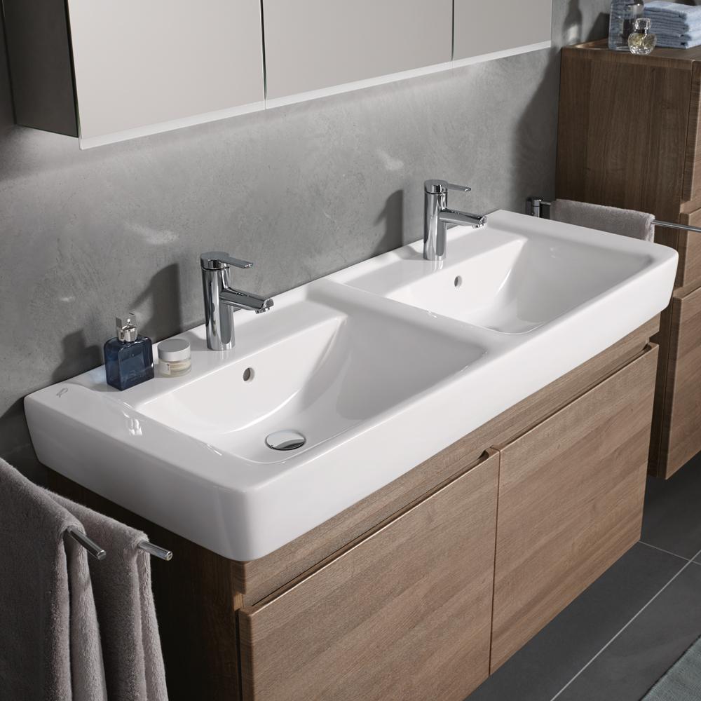 keramag renova nr 1 plan doppelwaschtisch wei 122130000. Black Bedroom Furniture Sets. Home Design Ideas